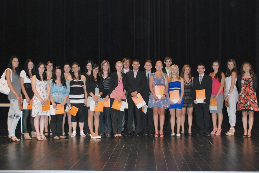 dsSlavnostní předávání maturitních vysvědčení 2012